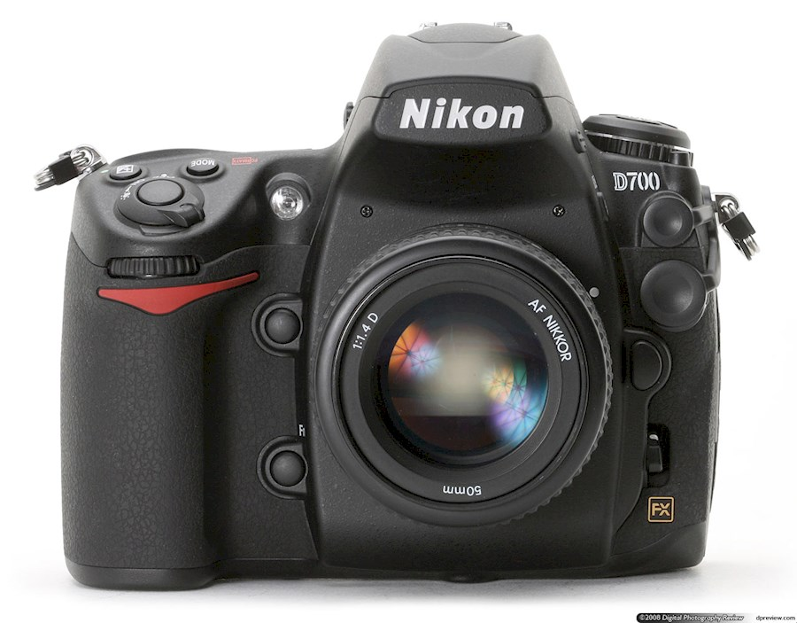 Rent a Nikon D700 in Paris from Edouard
