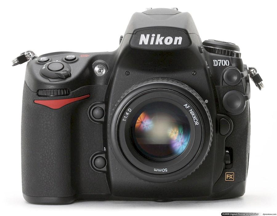 Huur een Nikon D700 in Paris van Edouard
