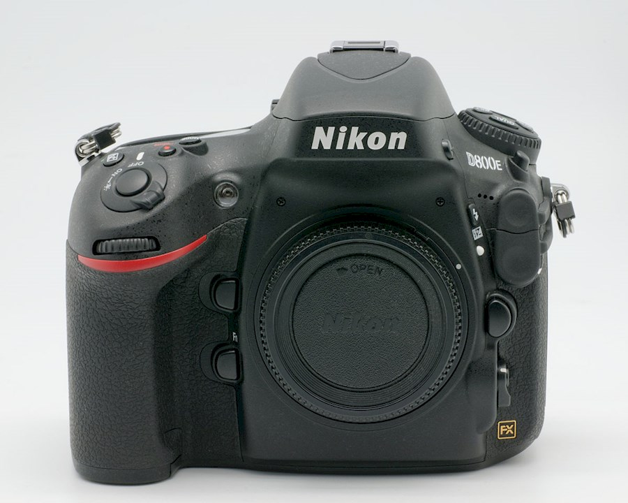 Rent a Nikon D800 in Paris from Sylvain