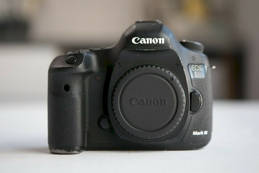 Rent Canon 5D Mark III Body from Christian