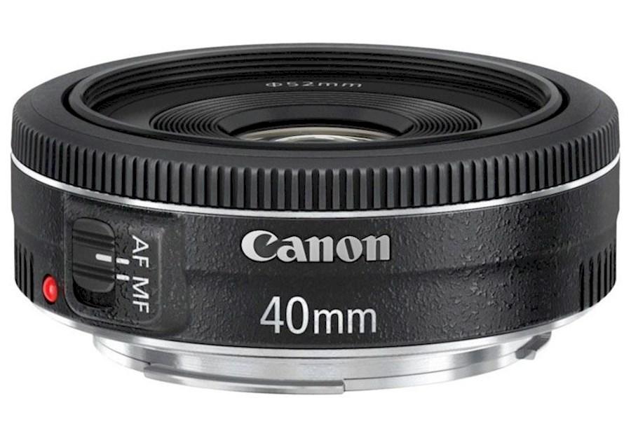 """Huur een Canon Lens EF 40 mm 1:2.8 STM (25 mm doorsnede) => """"pannenkoeklens"""" in Gent van Thijs"""