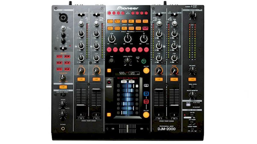 Huur DJM2000 van Alex