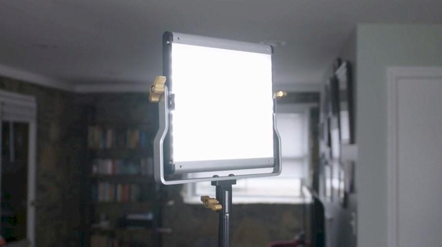 Huur Neewer 480 LED panel van VOF Of My Life