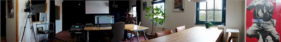 Rent Debun Studio, Davinci ... from Nico