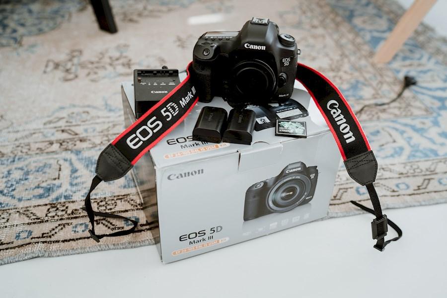 Rent a Canon 5d mark III in Middelburg from JOSEGRAFIE