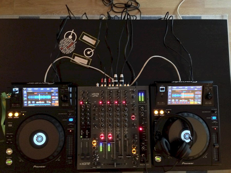 Rent Set Dj : 2 XDJ-1000 + ... from Mathias