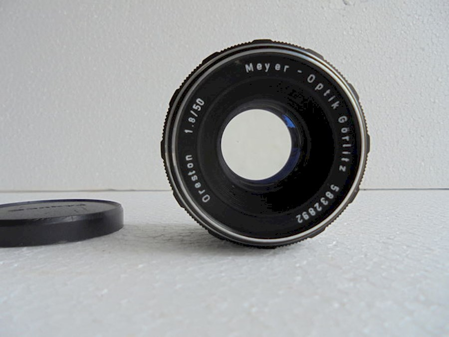 Rent Meyer-Optik Görlitz Or... from Yuri
