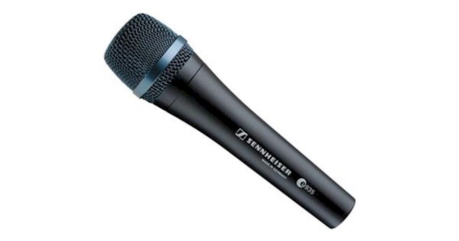 Rent a Sennheiser e935 in Castricum from Daniel