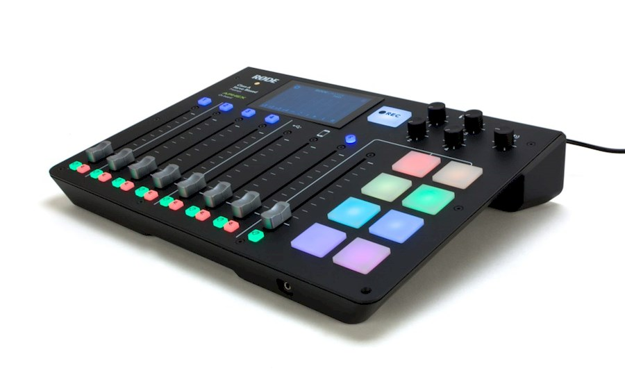 Rent a Rodecaster Pro in Rijswijk from Pepijn