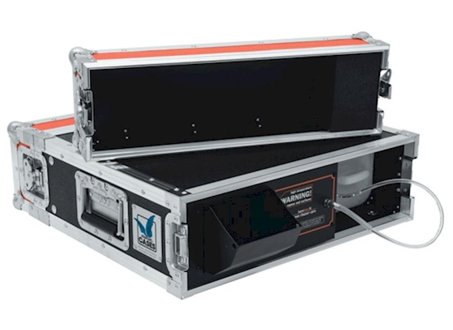 Huur een Base Haze hazer / fazer 1500 watt met fan en compressor aansturing  (glycol basis) in Nieuwkuijk van BLICK FILM & LIVE V.O.F.