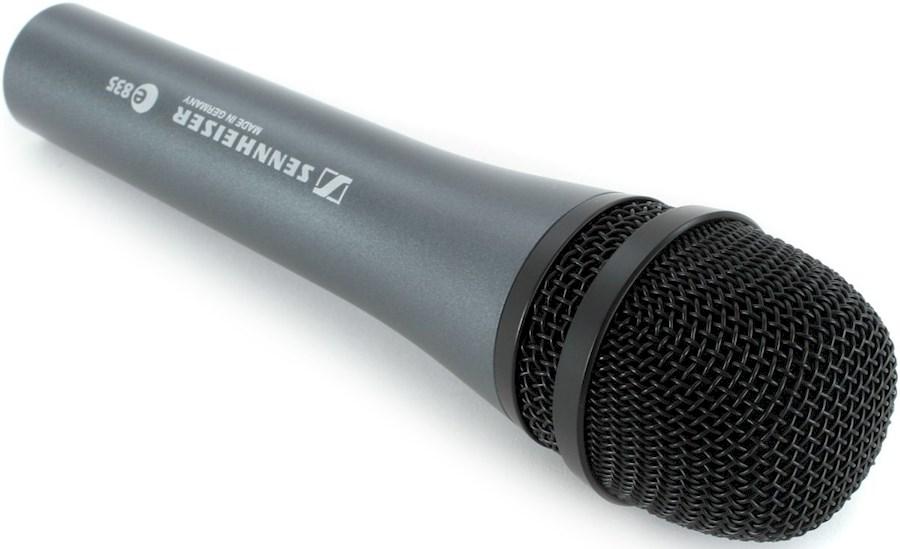 Rent a Sennheiser E835 Microfoon met XLR kabel en statief (ook in tweetal te koop) in 's-Hertogenbosch from Joris