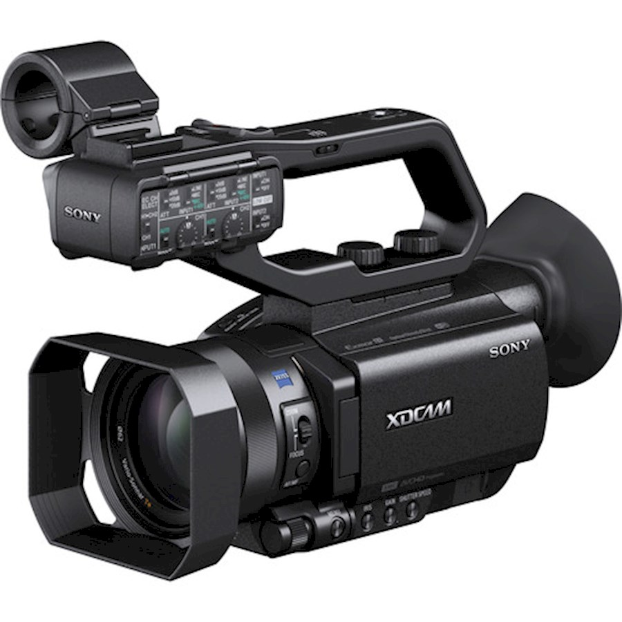 Rent a 2. Sony PXW-X70 + statief + Rode micro in Ronse from BVBA HERTHOG