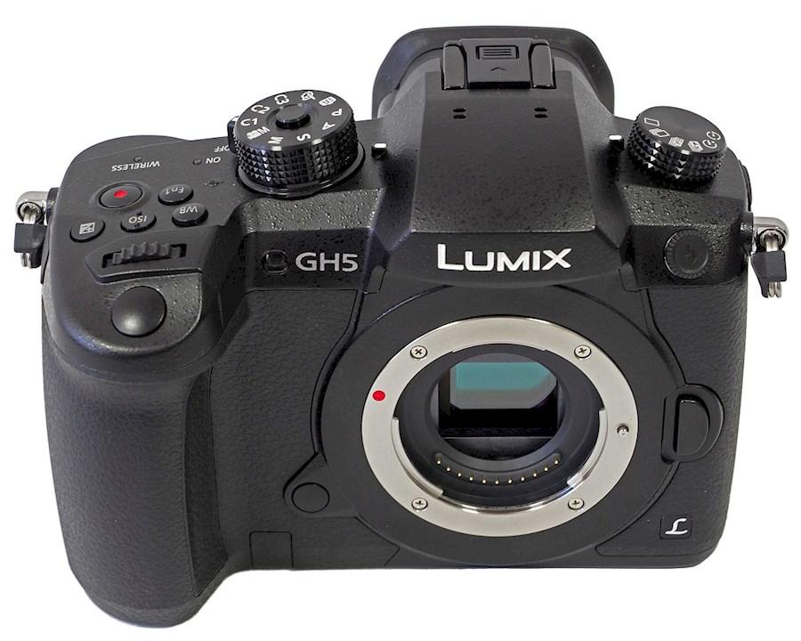 Rent a Panasonic Lumix GH5 in Dronten from Jonne