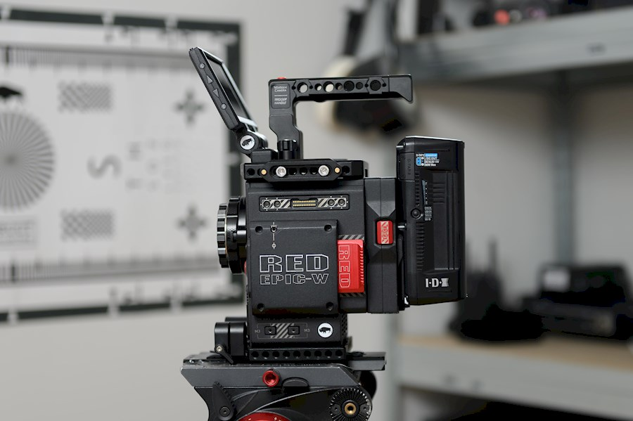 Rent a RED EPIC-W Helium 8K - BASE-KIT in Clinge from BRUUT COLLECTIVE