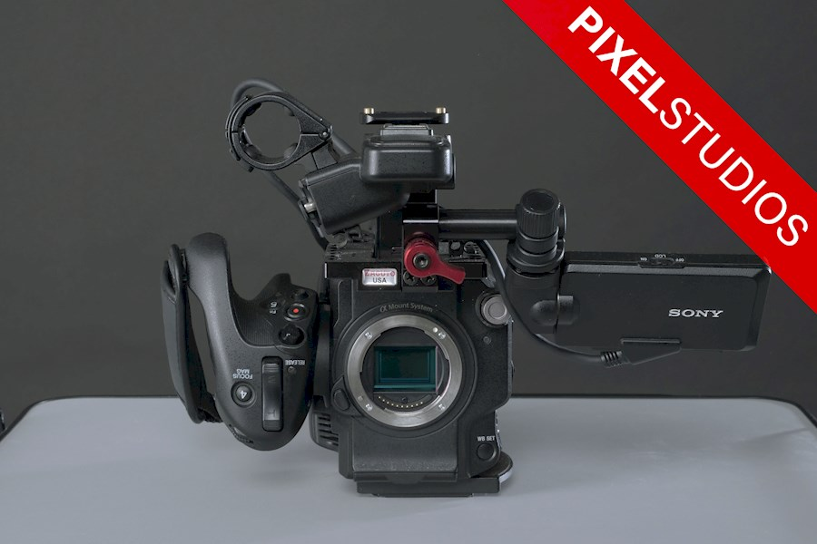 Rent a Sony PXW-FS5 BODY + 4K RAW output in Almere from Yarnell