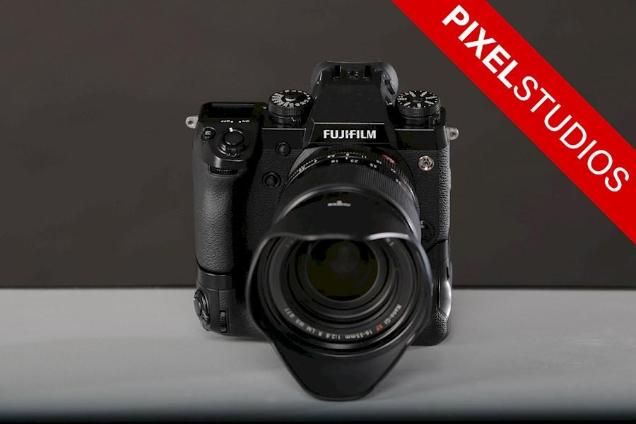 Huur een FujiFilm XH-1 + FujiFilm XF 16-55mm f/2.8 R LM WR + Battery Grip MEGASET in Almere van Yarnell
