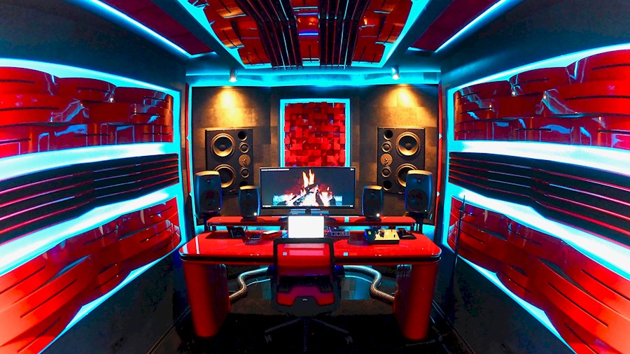 Rent a | Major Music Studios | Studio 1 | The Vampire Room | in Capelle aan den IJssel from Major Music