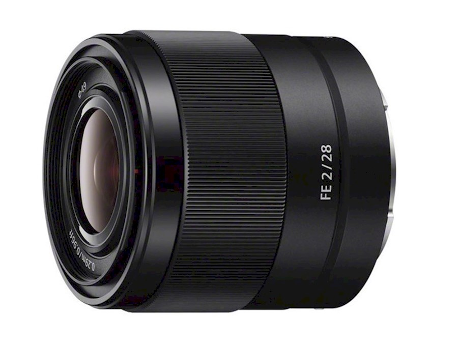 Rent Sony FE 28mm f2 Lens from Enrico