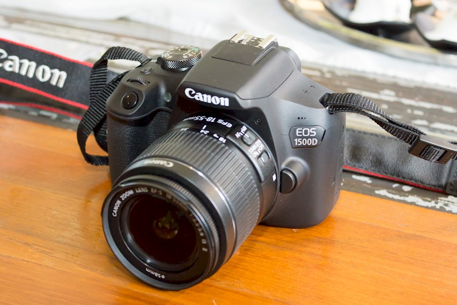 Rent a Canon Eos 1500D in Rotterdam from Coco Chiara