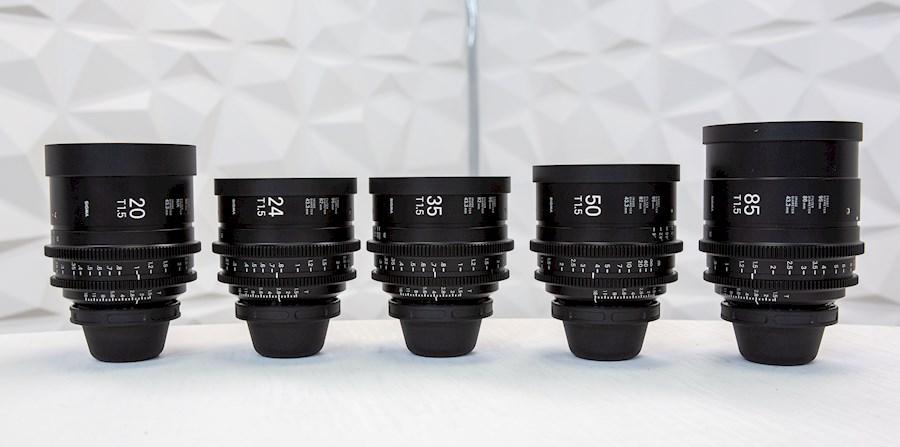 Huur een Sigma 20-24-35-50-85 Monture PL - Cine Lens in Paris van Remi