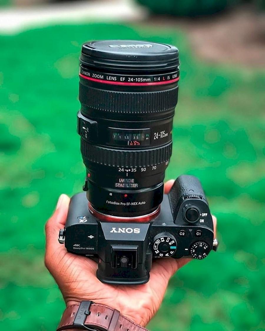 Huur een Cameraset Sony A7SII (4K) + Canon 24 -105 4.0 Lens in Ede van Marnix