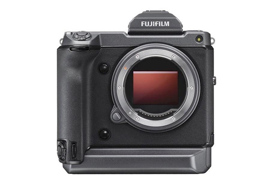 Rent Fujifilm GFX100 Body from CAMERALAND B.V.
