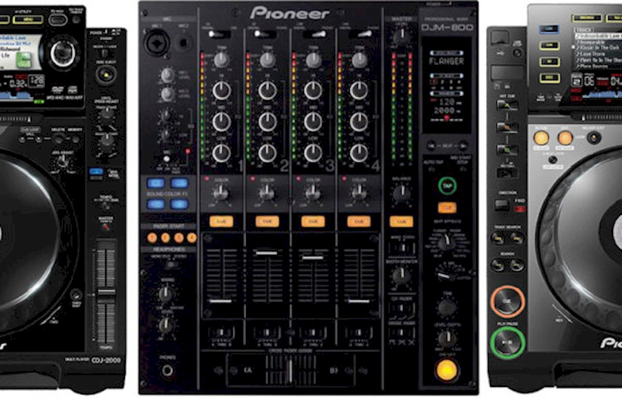 Rent DJ-Set 2x CDJ-2000 + D... from FLOWTALITY