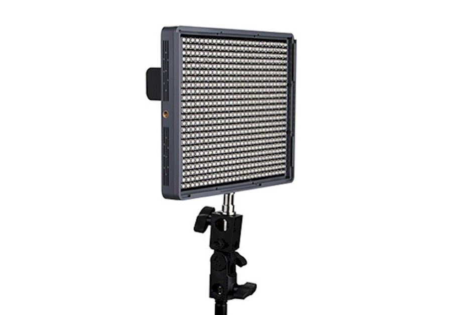 Rent Aputure Amaran HR672S ... from Adina