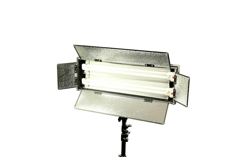 Rent Video Lamp voor op loc... from Corné