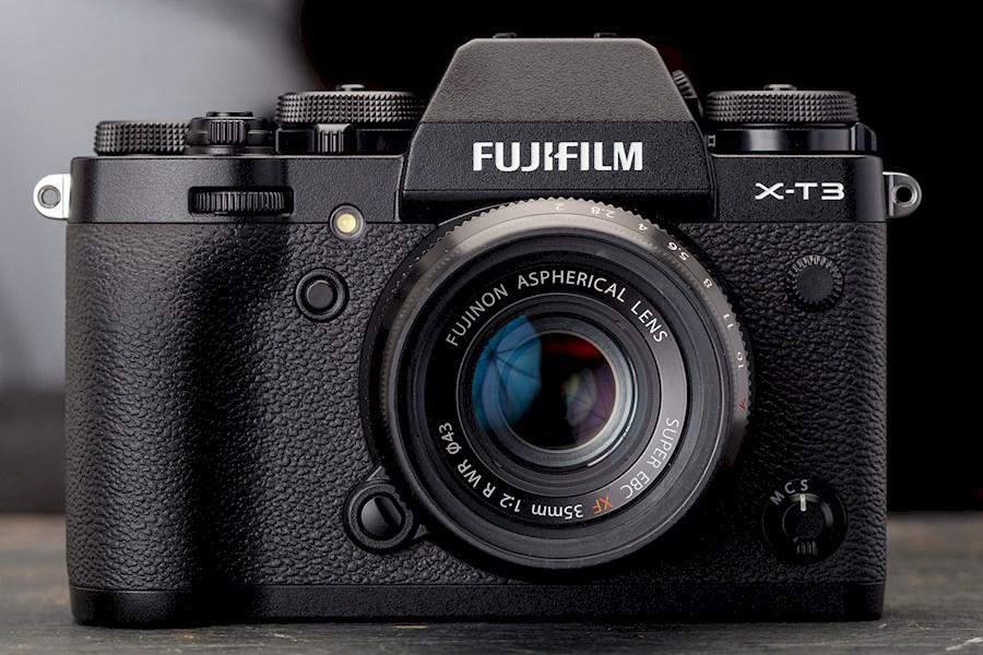 Louez Fujifilm X-T3 de Daan