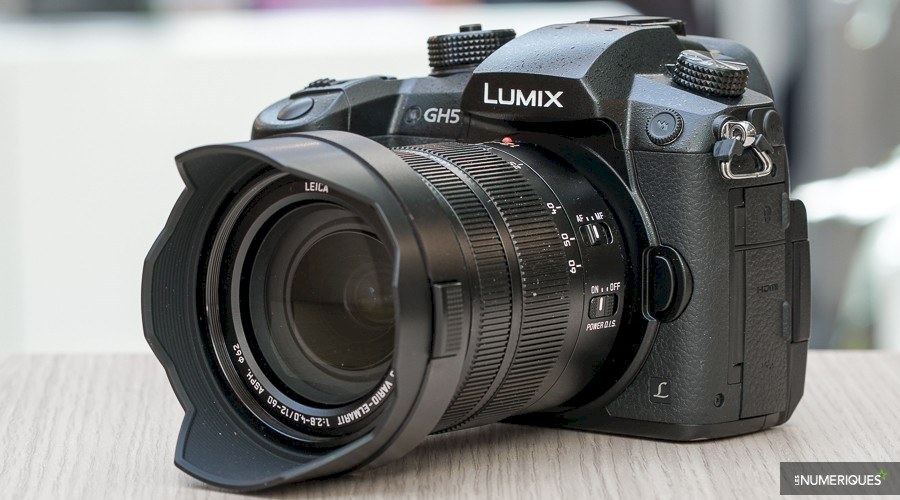 Rent a Panasonic Lumix GH5  - appareil photo numérique - Leica objectif 12 - 60 mm in Forest from NeoStudio.Be