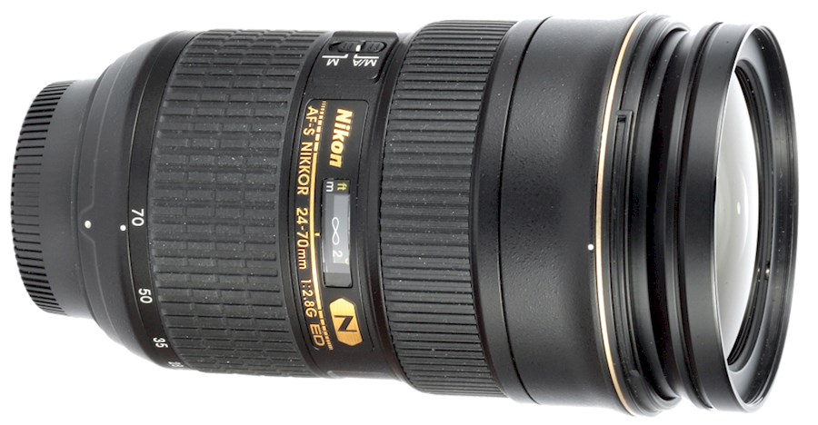 Rent a Nikon AF-S 24-70mm f/2.8G ED in Papenhoven from V.O.F. CAMERA SERVICE LIMBURG