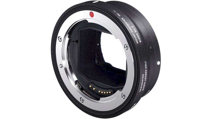 Rent Sigma Mount Converter ... from Adina