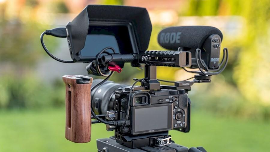 Louer un(e) A6300 - Pack de tournage complet (CLIP/FICTION) à Lyon de Martin