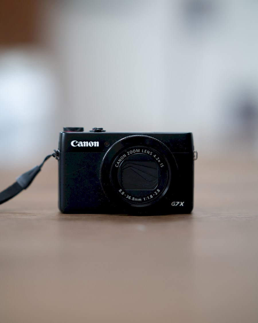 Rent a CANON G7X MARK I (VLOG CAMERA) in Bussum from Jonathan