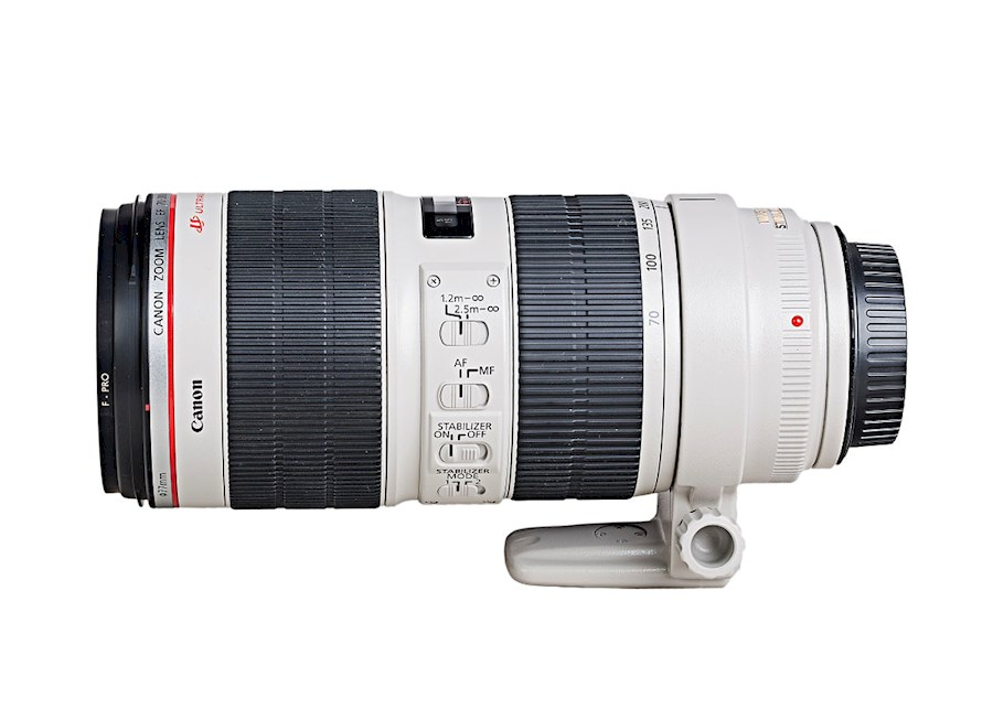 Rent Canon Zoom lens EF 70-... from WIJ FOTOGRAFIE