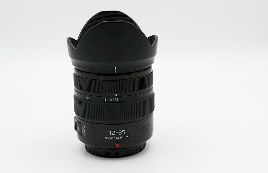 Huur een Panasonic Lumix 12-35 mm f/2.8 lens in Woudsend van FILMKE.NL
