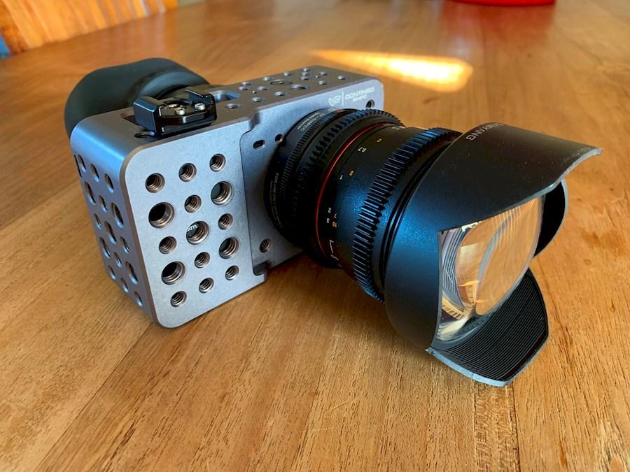 Rent a BMPCC / Blackmagic Pocket Cinema Camera + Samyang 14mm [Set  2] in Nieuwegein from Alex