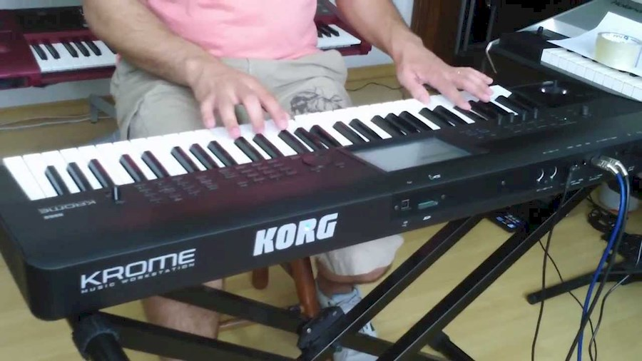 Rent Korg Krome 61 from DIBYA