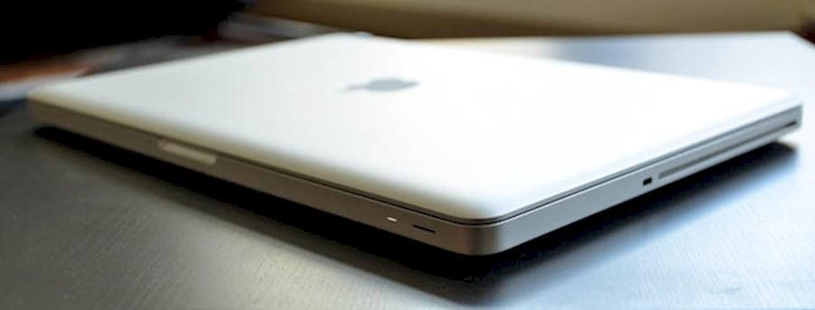 """Rent MacBook Pro 15"""" Retina... from ZOOM EVENEMENTEN & MEDIA PRODUCTIES"""