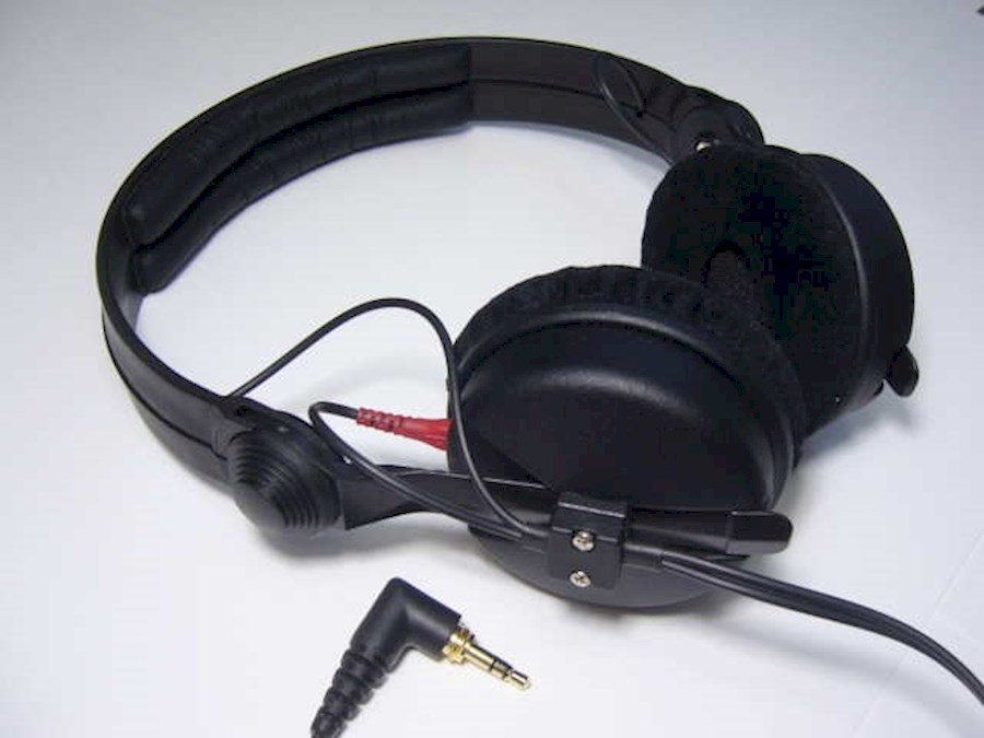 Rent a Sennheiser HD25 in Antwerpen from VOF Of My Life