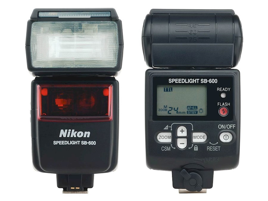 Rent a Nikon SB600 Flitser in Waregem from Bert