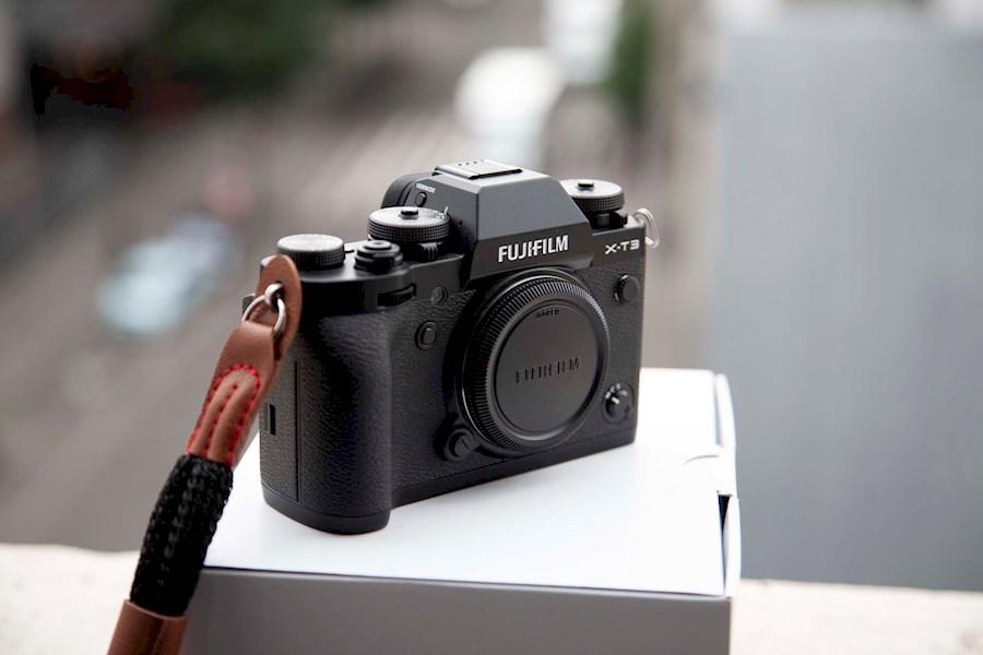 Louez Fujifilm X-T3  + XF 18... de Kevin