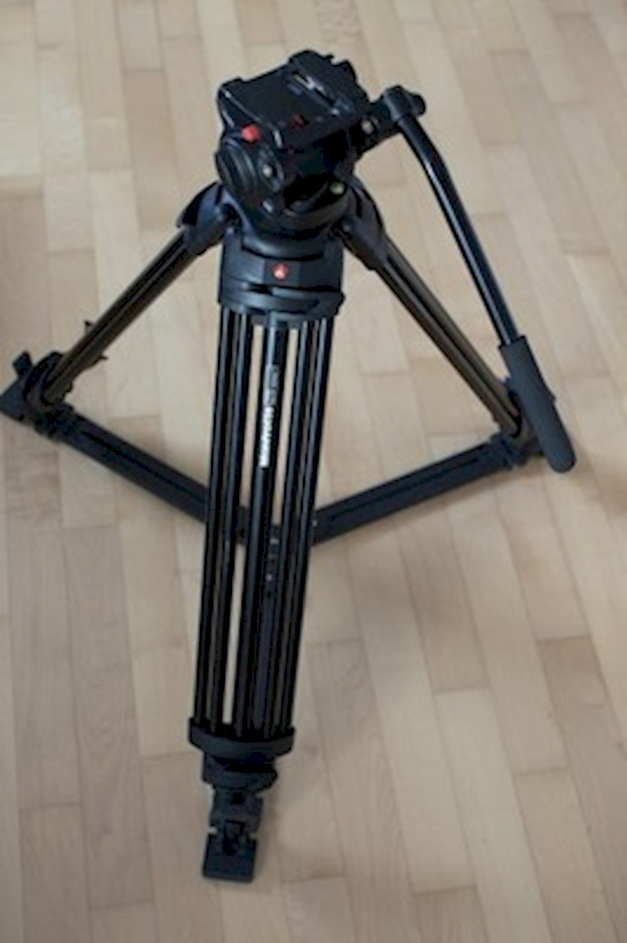 Rent Manfrotto 501 Statief from Tijs