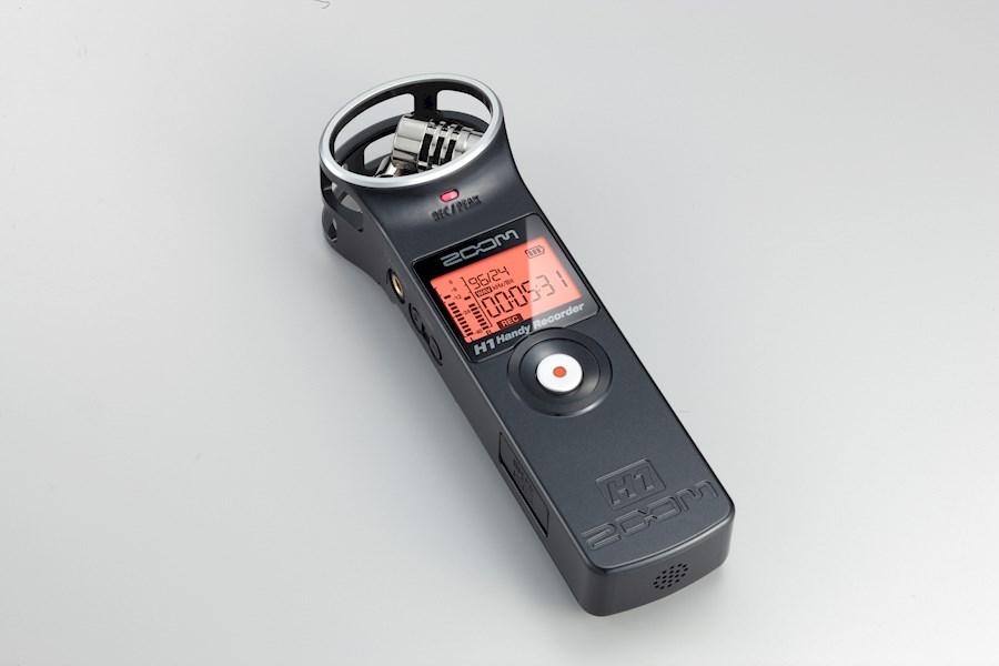 Rent a Zoom H1 audio recorder in Leeuwarden from SHOTS VAN ALEMAN