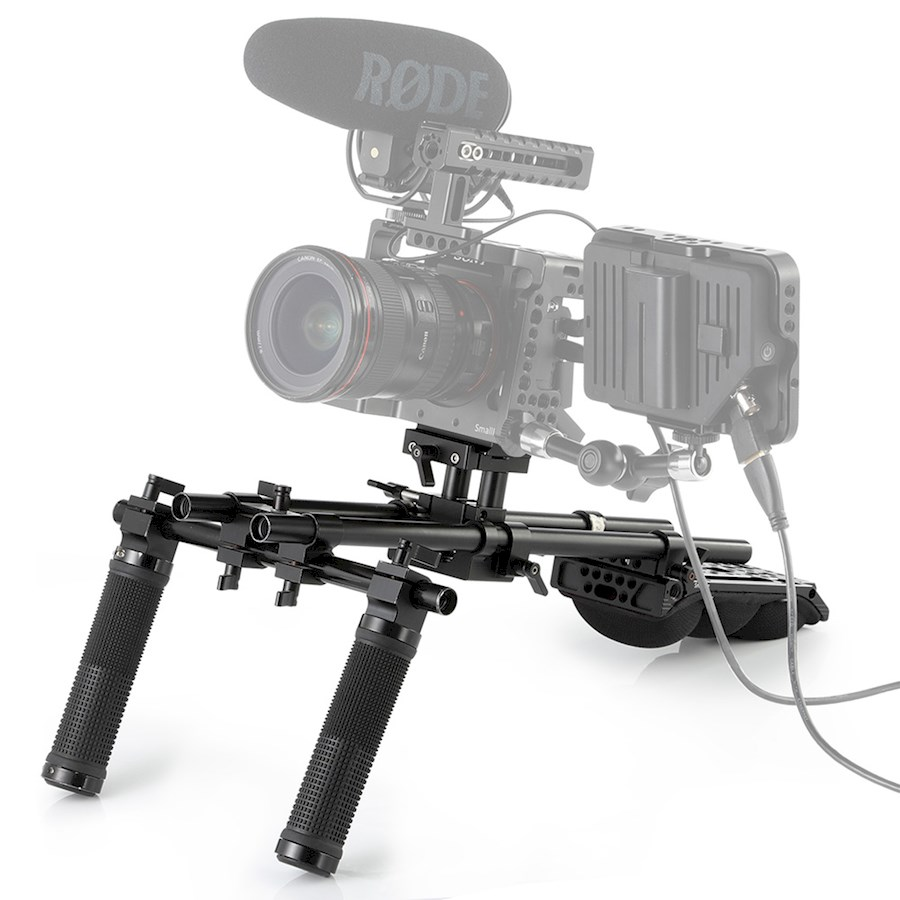 Rent a Sony A7III shoulder-rig set met monitor in Groningen from Sido