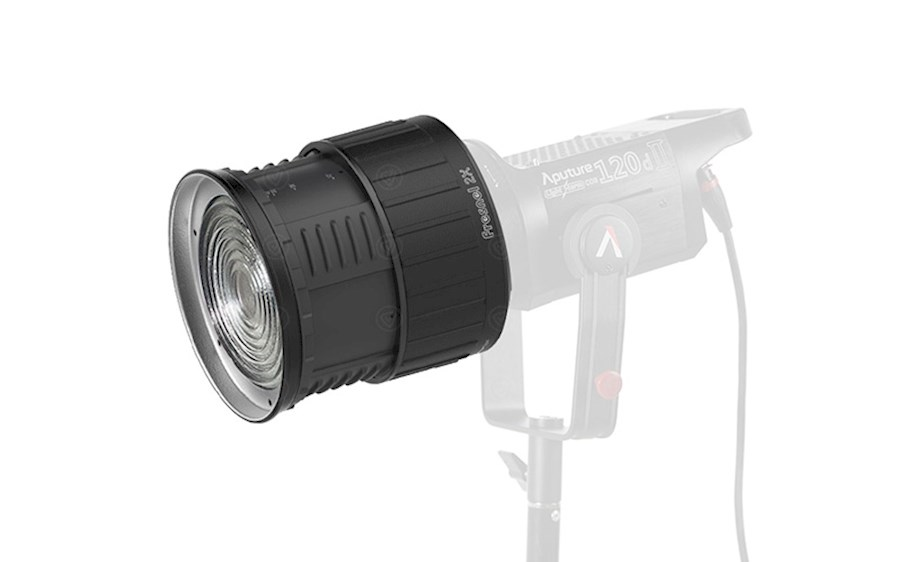 Rent Aputure Fresnel 2X (Bo... from Daan