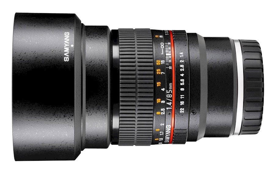 Rent Samyang 85mm 1.4 E mount from Timo