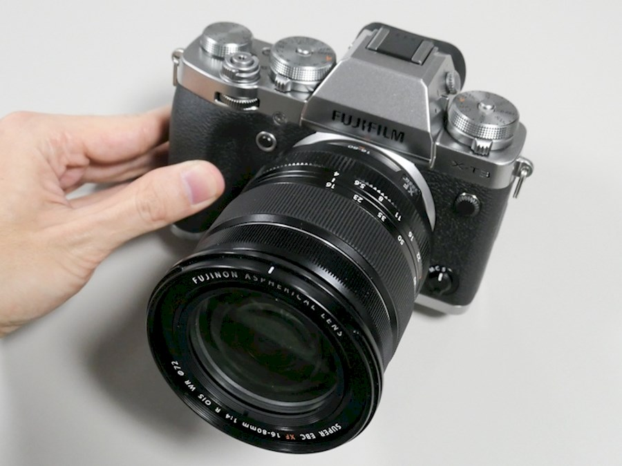 Rent Fujifilm X-T4 met Fuji... from Sander