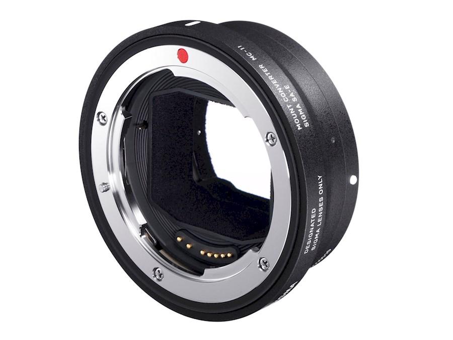 Rent Sigma MC-11 / Canon EF... from Hillewaert, Steije